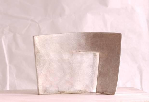 U, Geschmiedet in Silber, 7,5x5,5x2,5cm, 2016